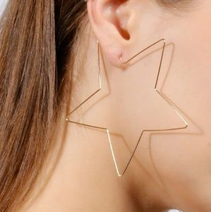 Exaggerated Hollow large wire star earrings